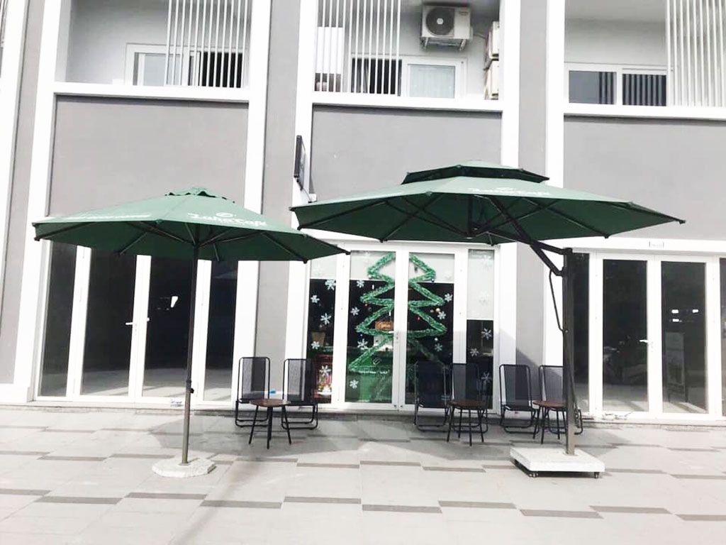 Nơi Bán Dù Che Nắng Mưa Cafe, Gía Dù Che Quán Cà Phê Loại Lớn