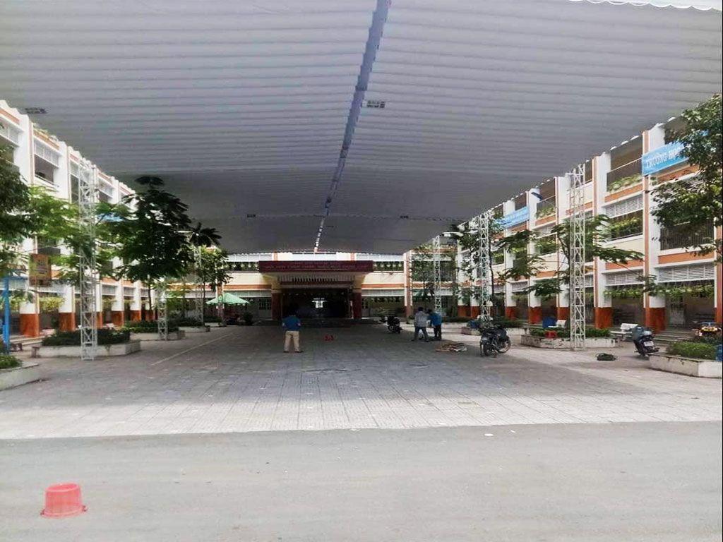Mái Xếp Di Động Che Sân Trường
